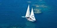 Reef Boat Day Trip - Ocean Free image 5