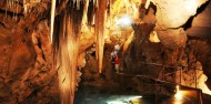 Jenolan Caves & Blue Mountains Day Tour image 1