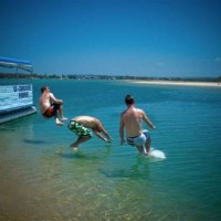 Cal, Graham & Dippers hired a boat on the Noosa river, Sunshine Coast, Queensland!