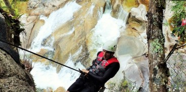 Cairns Canyoning - Behana Gorge - Everything Australia