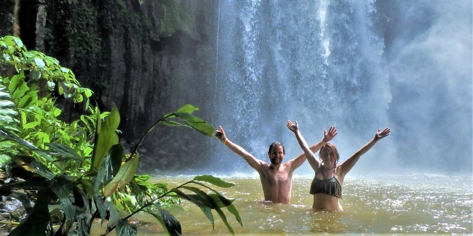 Barefoot Tours - Waterfall Day Tour