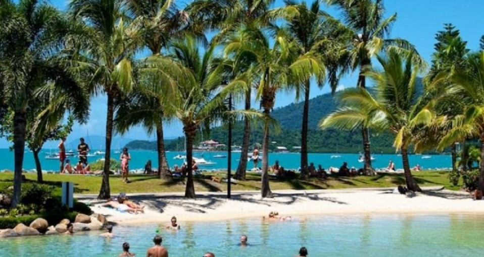 Airlie Beach & Whitsunday Activities